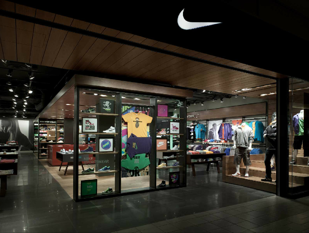 nike une nouvelle boutique design wonderful brands. Black Bedroom Furniture Sets. Home Design Ideas