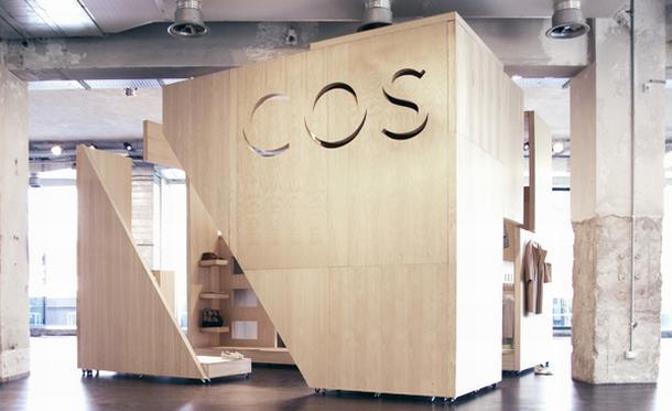 Exhibition Stand Singapore : Cos présente son premier pop up store wonderful brands