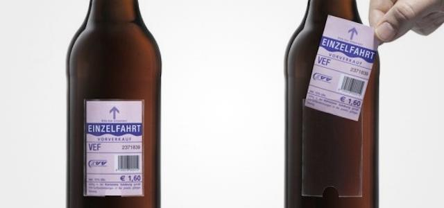 Une marque de bière remplace son étiquette par un titre de transport