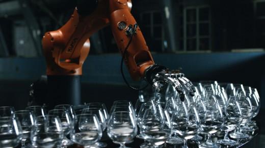 wcie-kuka-timo-boll-music-robot