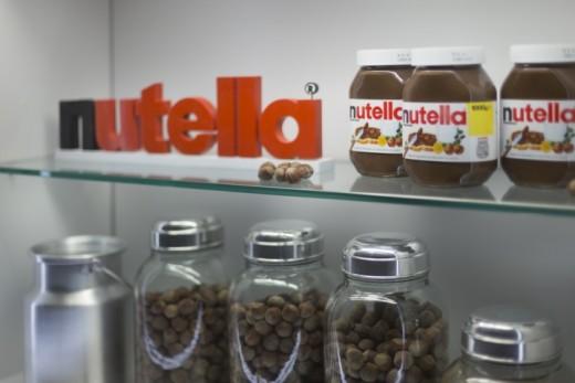 Nutella-Kiosk-by-Estudio-Jacaranda-Sao-Paulo-Brazil-08