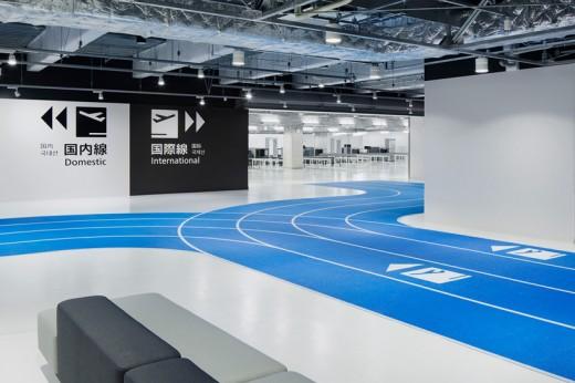 wcie-narita-airport-terminal-3-running-track-party-muji-nikken-3