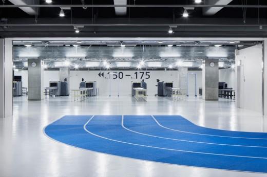 wcie-narita-airport-terminal-3-running-track-party-muji-nikken-4