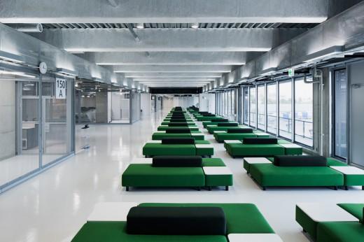 wcie-narita-airport-terminal-3-running-track-party-muji-nikken-9