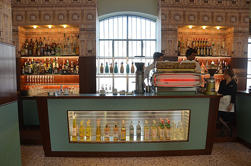 bar-luce-wes-anderson-01