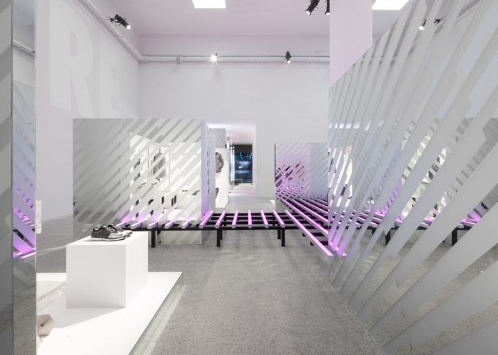 Nike-Studio-at-Beijing-Art-Gallery-5
