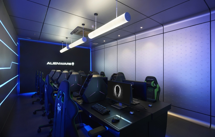 Alienware-G4-Internet-cafe-wcie1